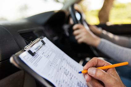 Como tirar sua carteira de motorista na Espanha?