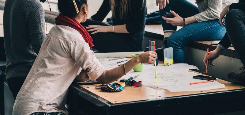 5 vantagens de participar de uma empresa júnior na graduação