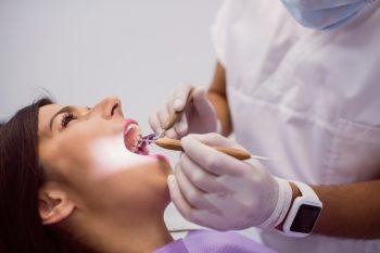 Inovações na saúde: conheça o tratamento odontológico feito por ozonioterapia