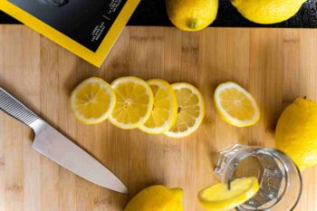 Pode tomar água com limão todos os dias?