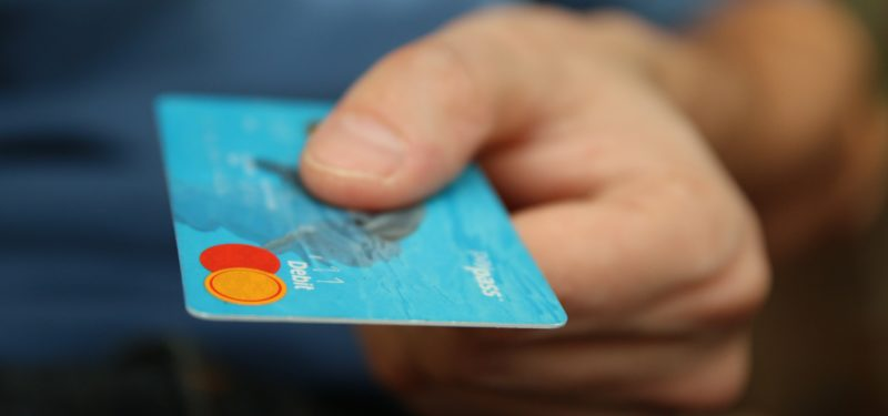 Como aumentar o limite do cartão de crédito?