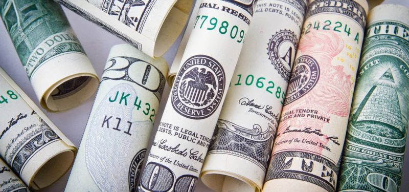 Será que compensa importar com dólar alto?