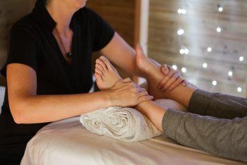Linfedema nas pernas: o que é e como tratar